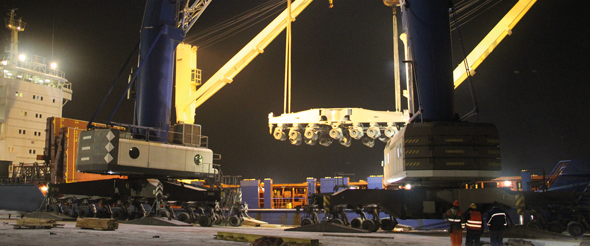 A heavy lift for heavy lifts is in a hurry: Karl Gross transported a loading crane from Germany to Turkey via Constanta